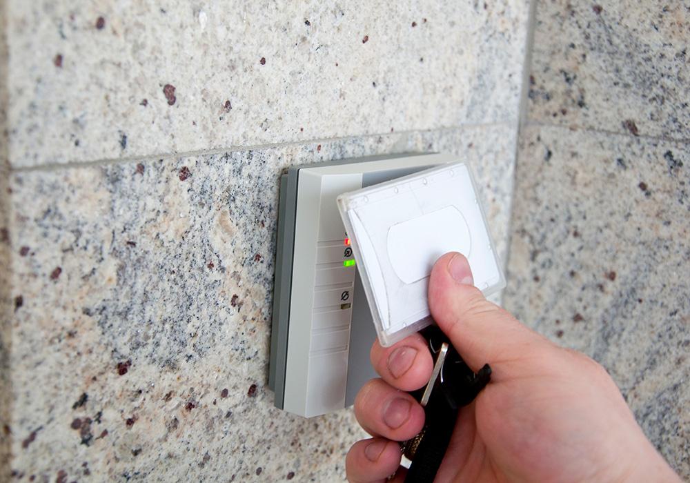 držači za identifikacione kartice